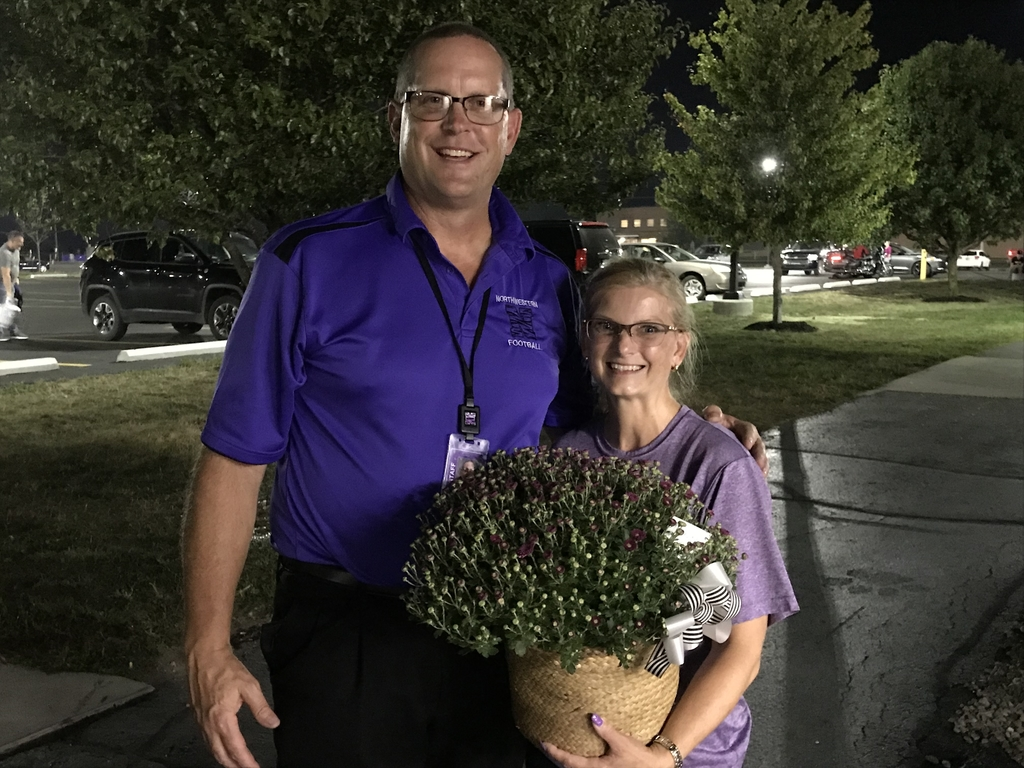 Wanda is our Jefferson House of Flowers Senior Mom of the night.